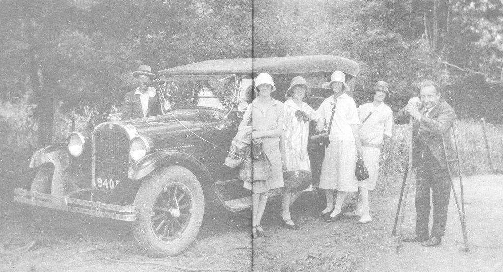 Alan Marshall 1920s with sister Doris 3